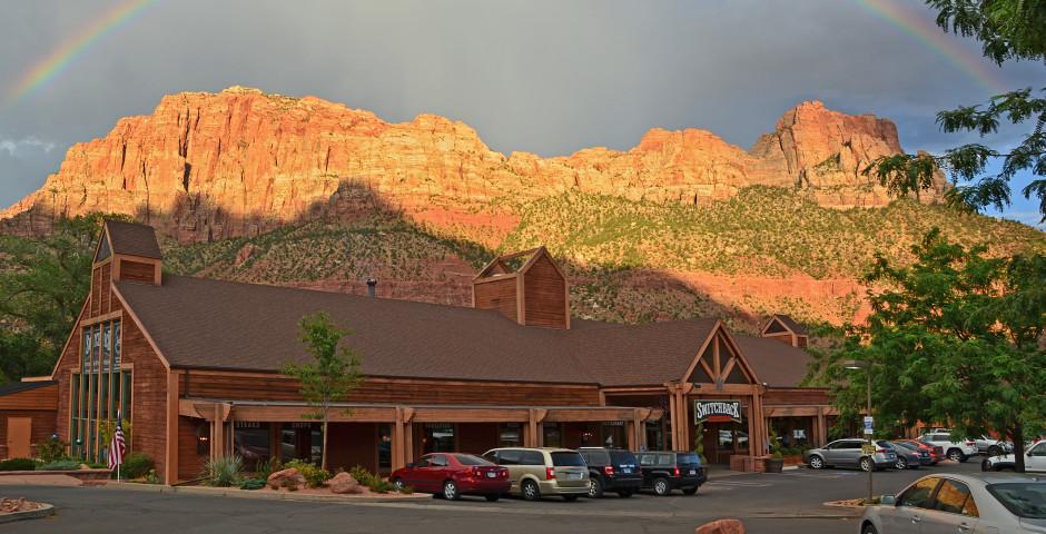 Holiday Inn Express Springdale