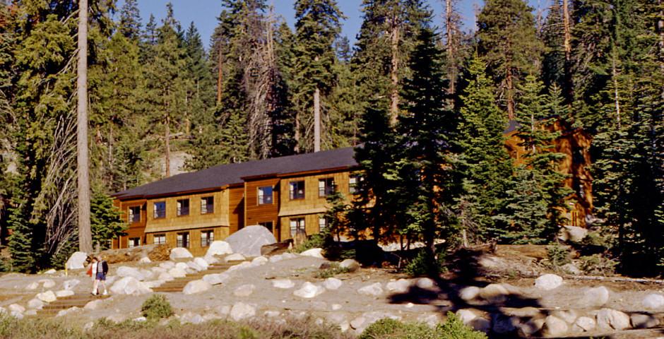 Wuksachi Village & Lodge