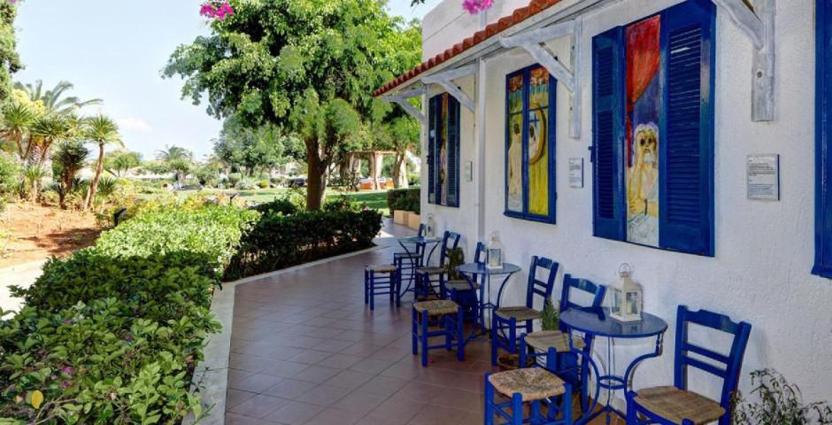 Anissa Beach & Village