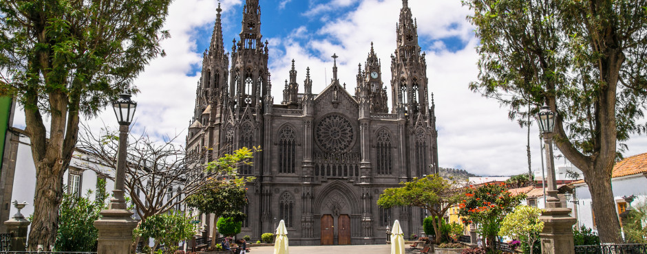 Majestätische Kirche San Juan Bautista