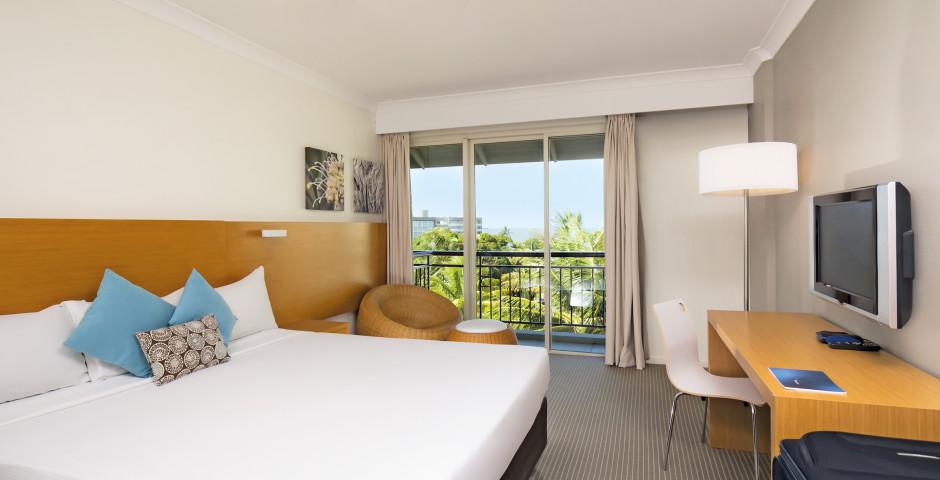 Novotel Cairns Oasis