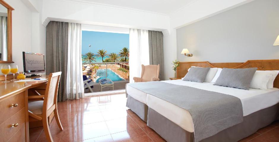 Neptuno Myseahouse Hotel