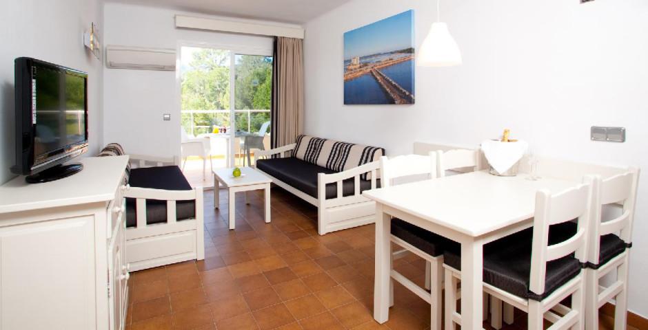 Bahia Camp De Mar Suites Cabau Aparthotel (ex. Bahia Camp De Mar Suites)