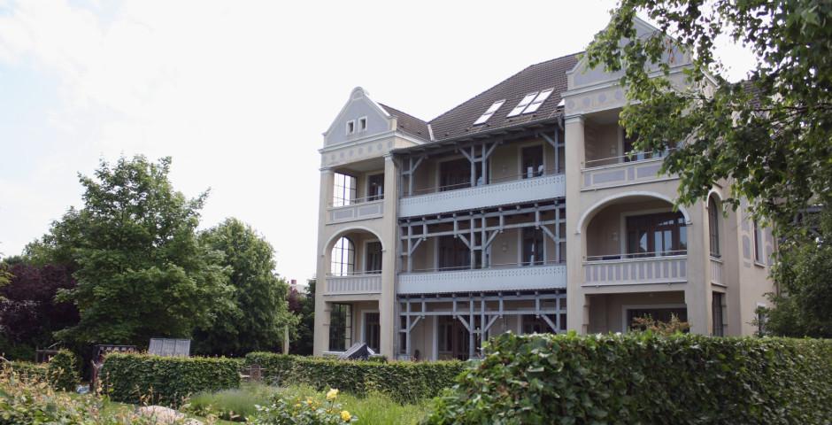 Rügener Ferienhäuser am Hochufer