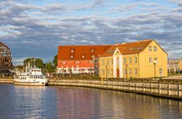 Baltikum mit öffentlichen Verkehrsmitteln