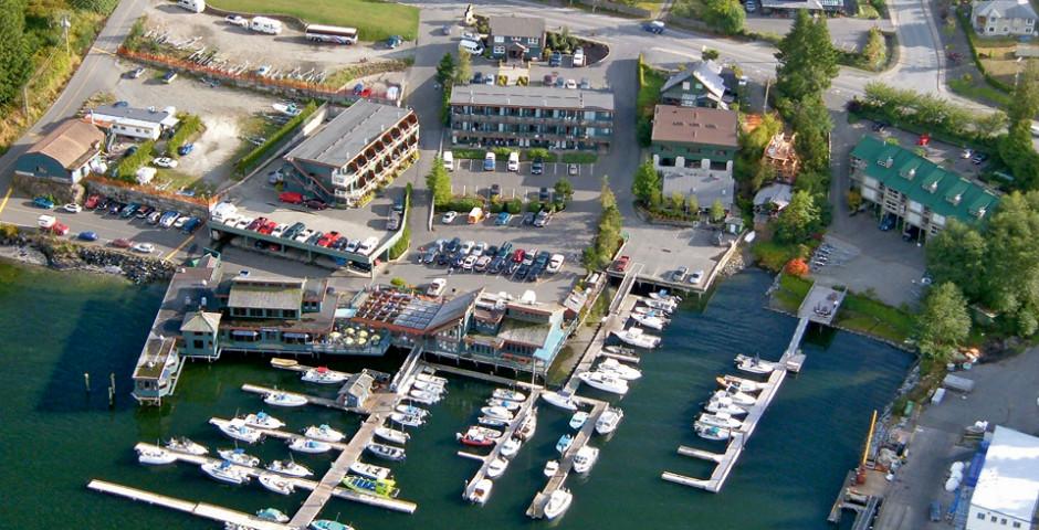 Marina West Motel