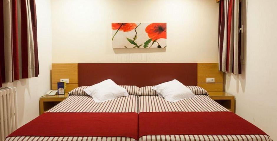 Colon Amic Hotel