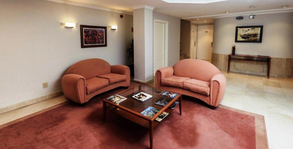 San Carlos Delicatessen Hotel