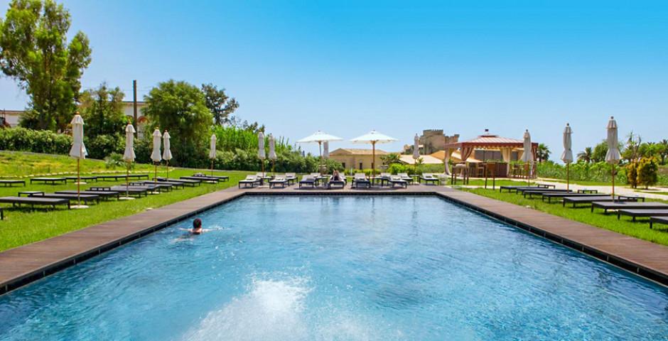 Falconara Charming House Resort & Spa