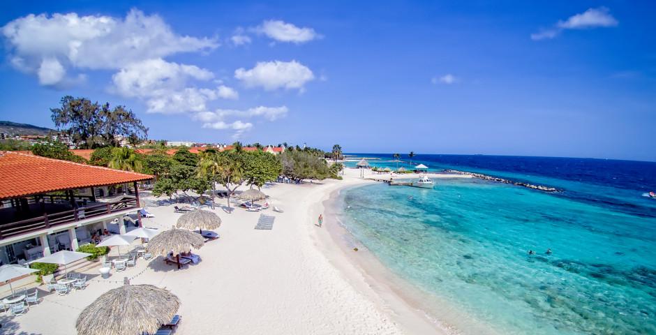 Floris Suite Hotel-Spa and beach Club