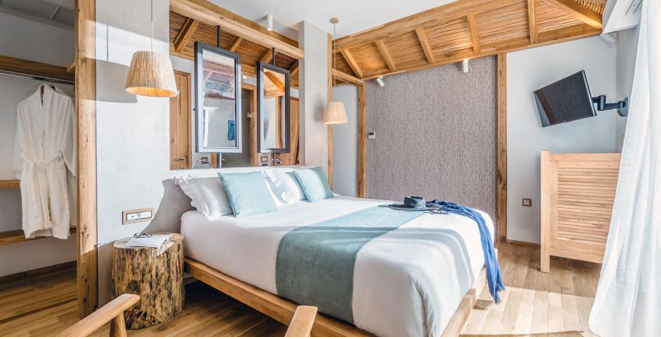 Bungalow Over Water - Stella Island Luxury Resort & Spa