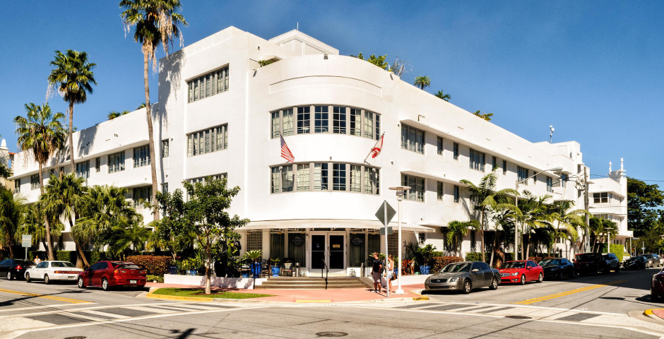 Riviera Hotel & Suites South Beach