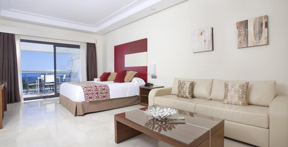 Fuerte Estepona Suite