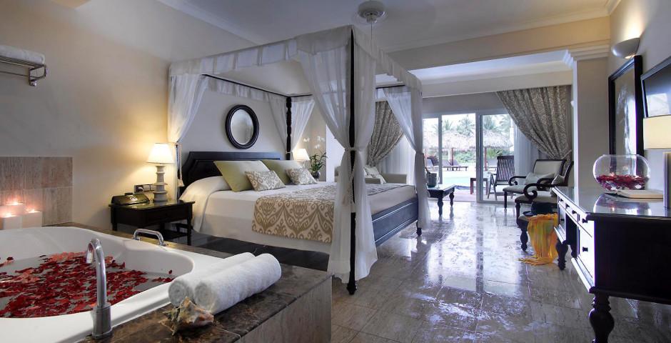 The Royal Suites Turquesa Resort & Spa
