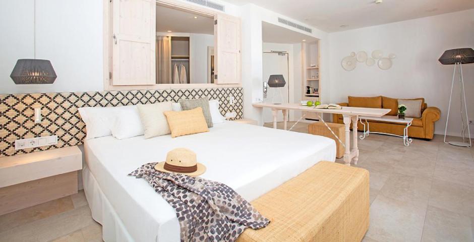 Flamingo Myseahouse Hotel