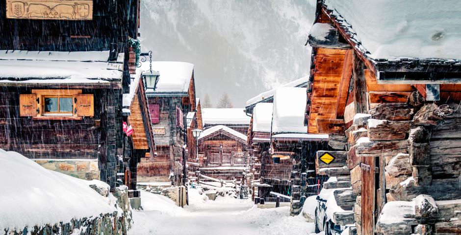 Le village Zinal en hiver
