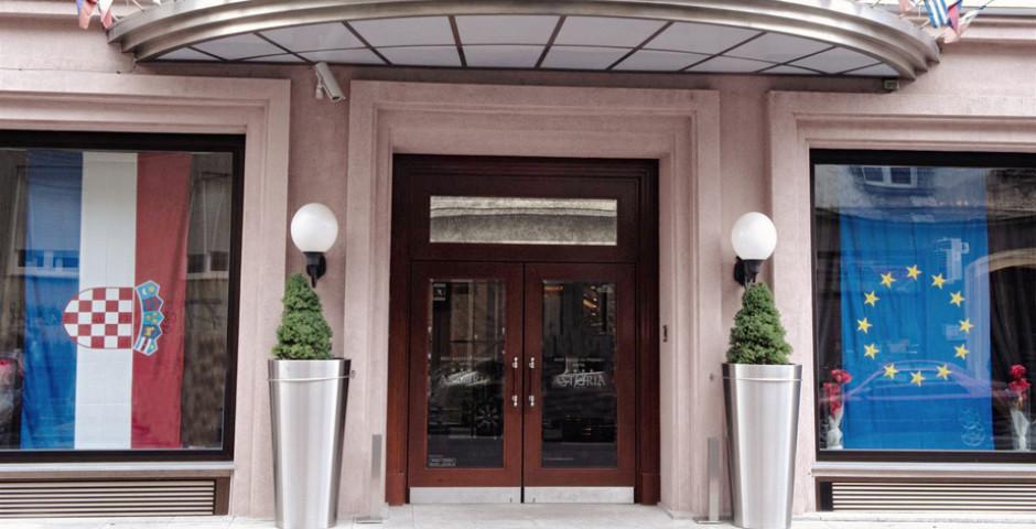 Best Western Premier Astoria