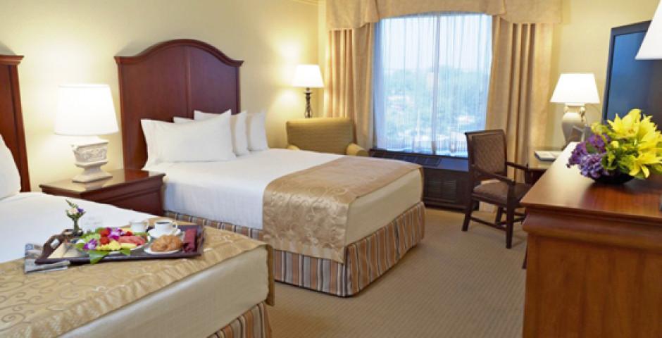 Rosen Plaza Resort