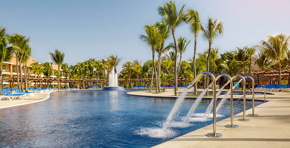 Barceló Maya Beach Grand Resort