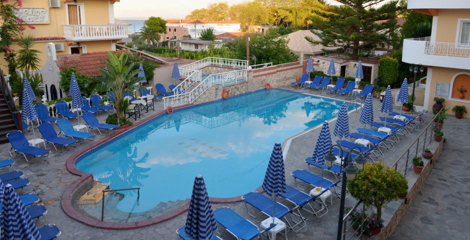 Planos Beach Hôtel