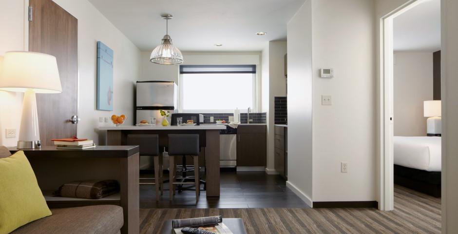 HYATT HOUSE NAPLES 5TH AVENUE