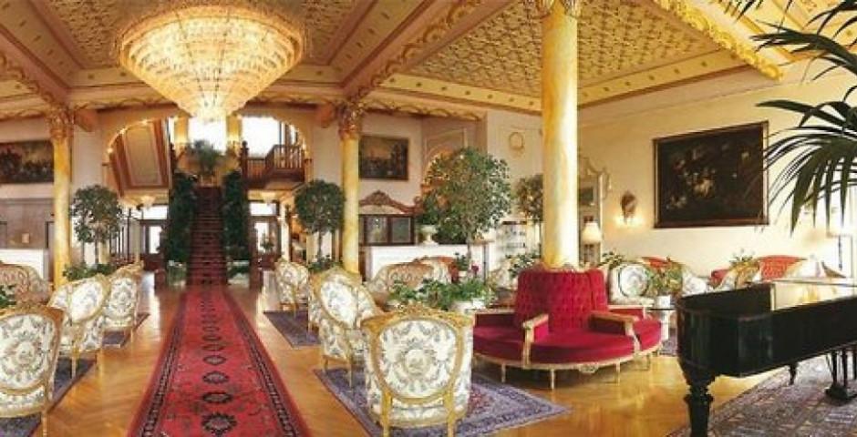 Regina Palace