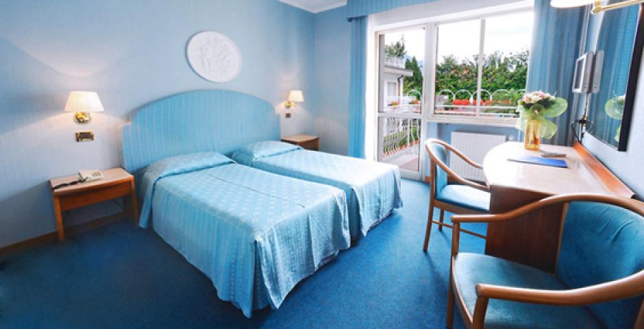Hotel Excelsior Bay