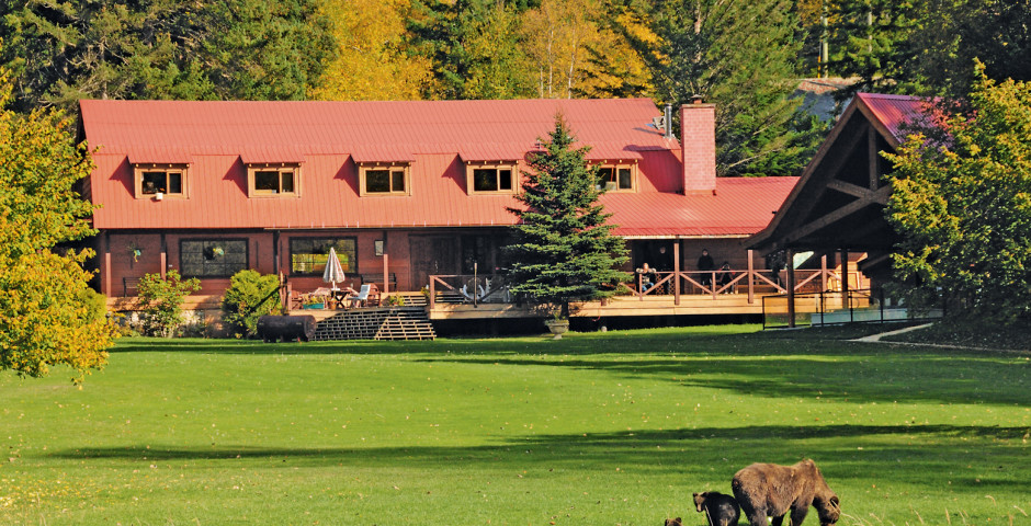 Tweedsmuir Park Lodge