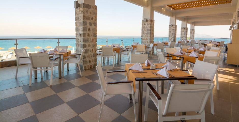 Grand Blue Beach Hotel
