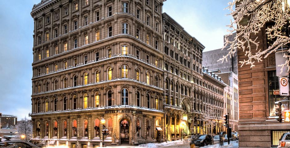 Le Place D'Armes Hotel