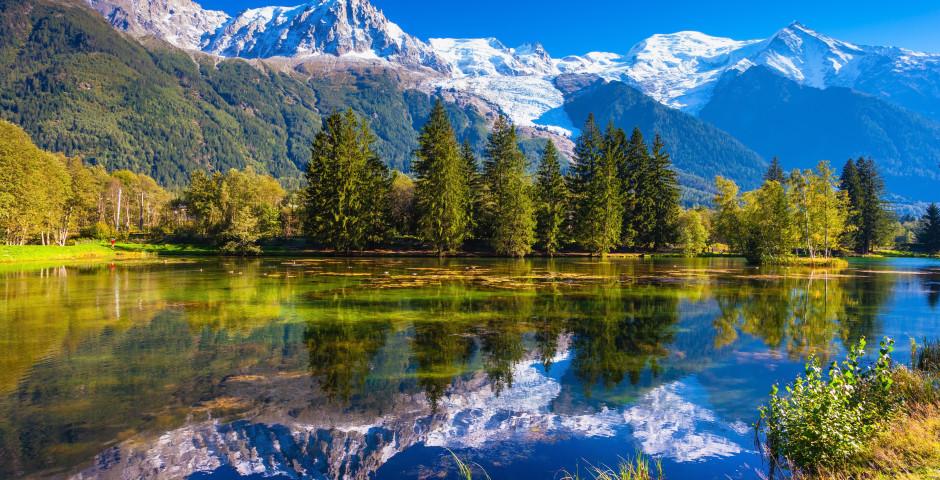 Lac de montagne près de Chamonix - Alpes savoyardes