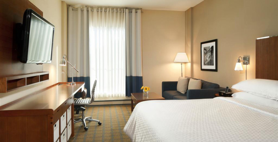 Four Points By Sheraton Gatineau