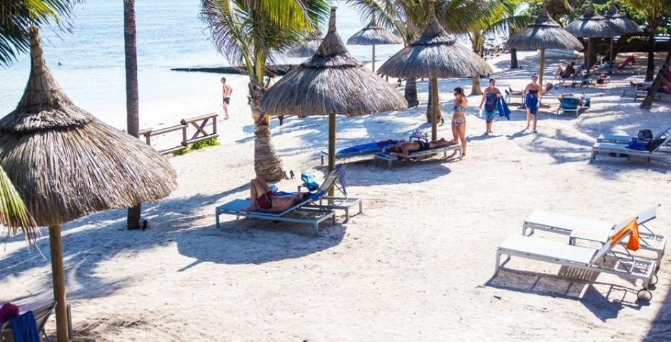 Le Peninsula Bay Beach Resort & Spa (ex: Blue Lagoon Beach Hotel)