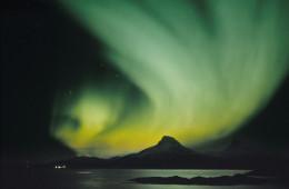 Aventure aurores boréales et huskys