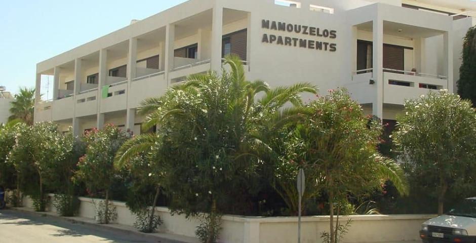 Mamouzelos Apartments & Studios