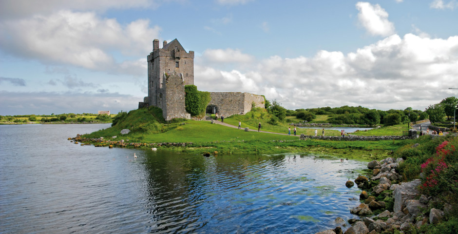 Dunguaire Castle - Galway