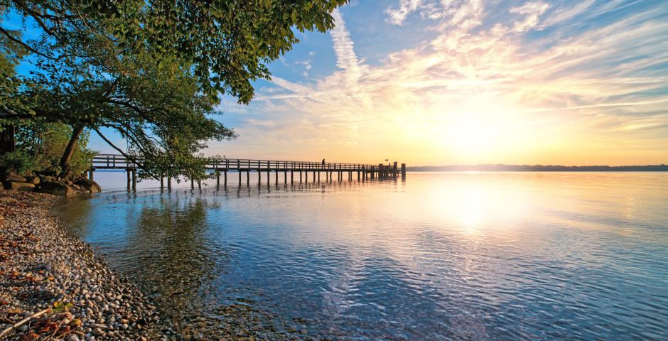 Coucher de soleil sur le lac de Starnberg - District de Haute-Bavière
