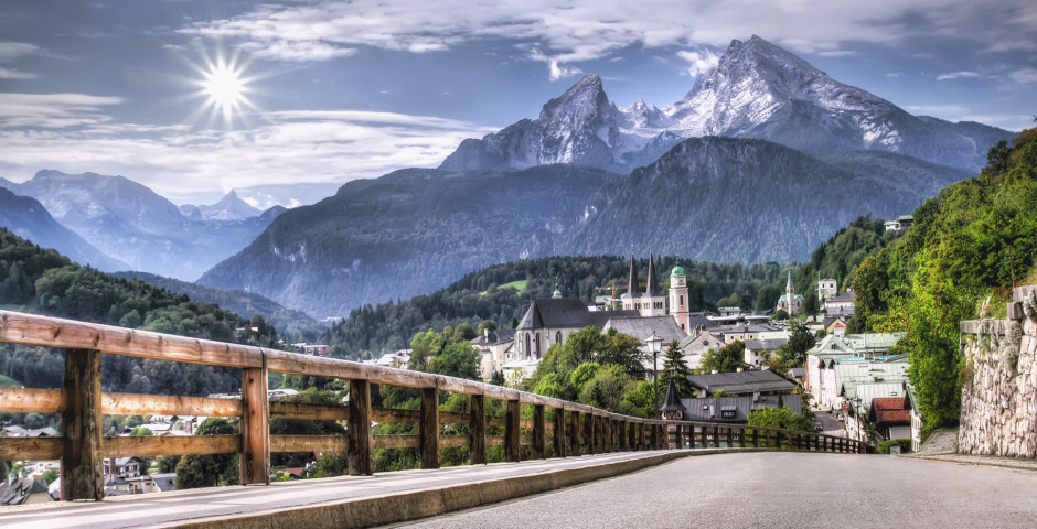 Blick auf die Stadt und den Watzmann - Berchtesgaden
