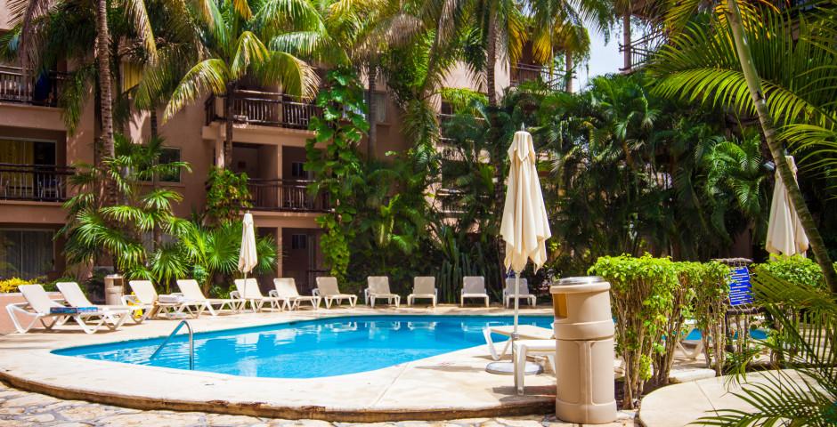 Tukan Hotel & Beach Club
