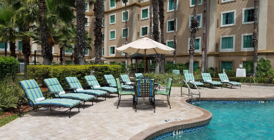 Hawthorn Suites by Wyndham Lake Buena Vista, a staySky Hotel & Resort