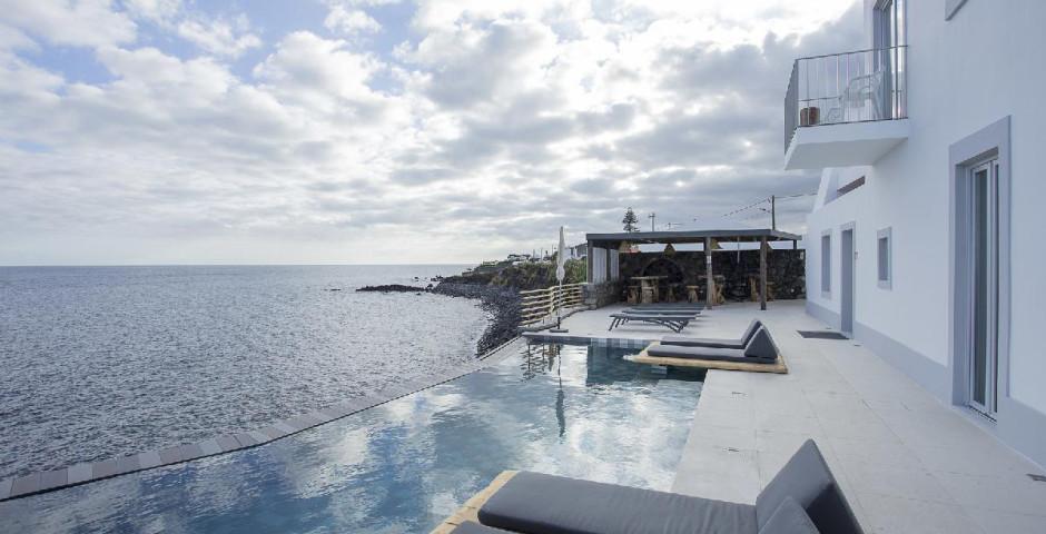 Hotel White Exclusive Suites & Villas