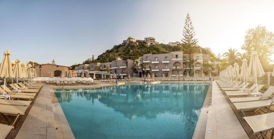 Porto Platanias Village Resort