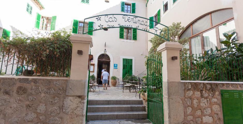 El Guia Hotel