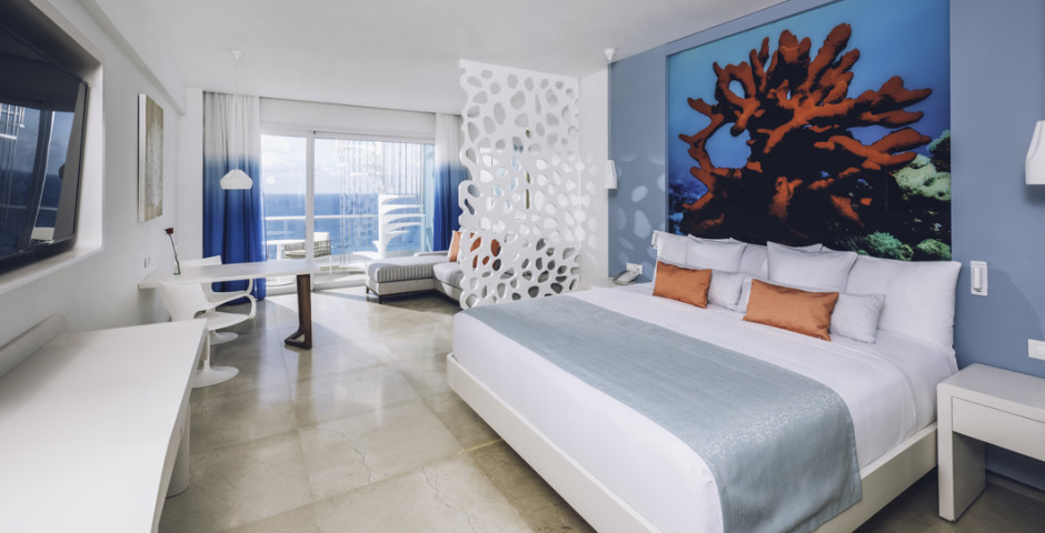 Junior Suite Ocean Front Star Prestige - Coral Level at Iberostar Selection Cancun