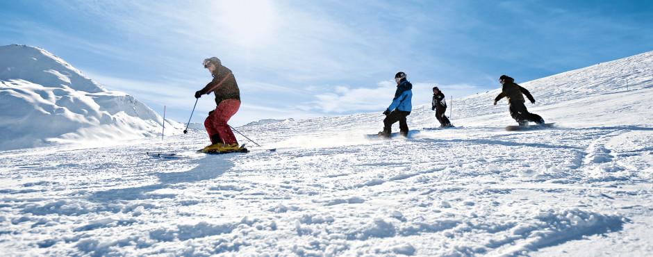 Wintersport auf den Pisten von Grächen