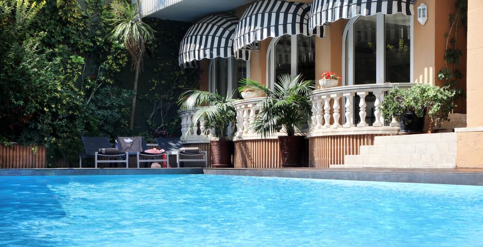 The 15th Boutique Hotel (ex: Mundial Club)