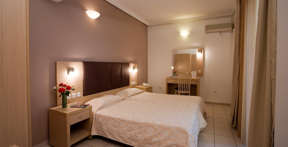 Caravel Apartement Hotel