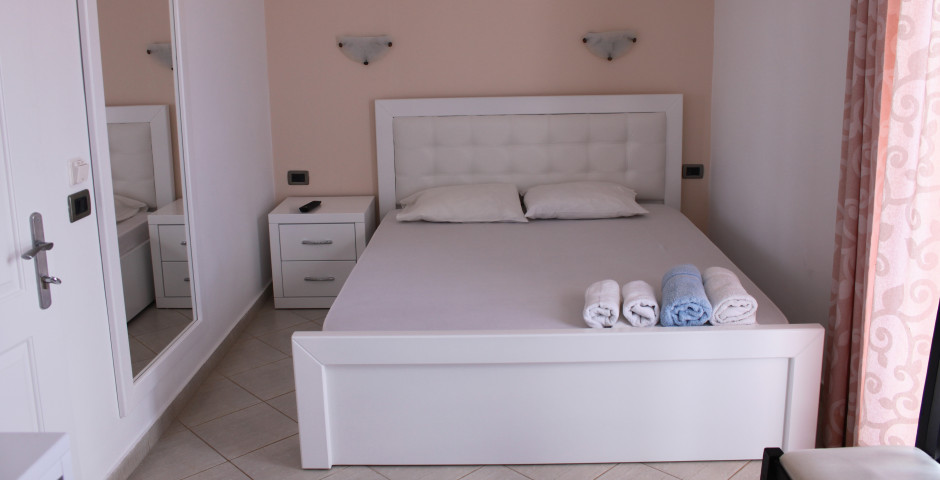Doppelzimmer - Hotel Kompleks Joni