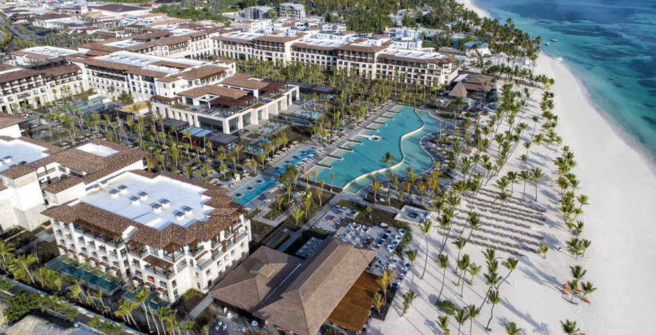 Adults Only Club at Lopesan Costa Bávaro Resort