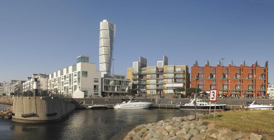 Das moderne Viertel Western Harbour mit dem Hochhaus Turning Torso